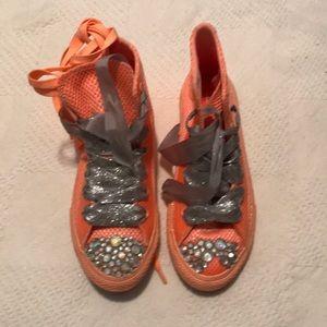 Kids Converse Tennis Shoes!